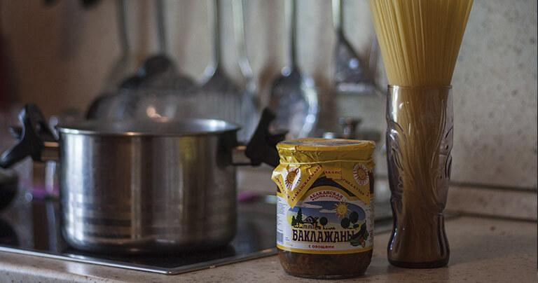 Консервированные баклажаны отлично сочетаются со спагетти