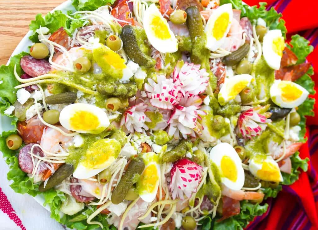 Традиционный салат на день памяти умерших