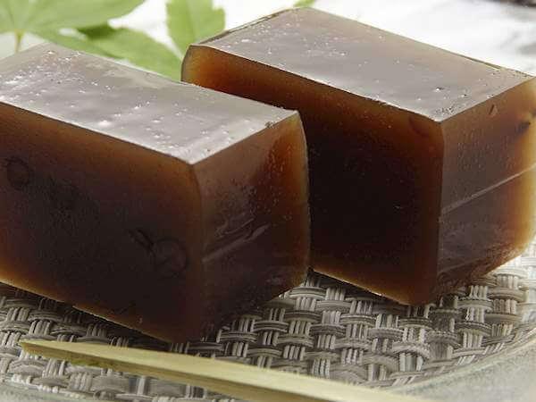 Ёкан - мармелад, который делают из красных бобов