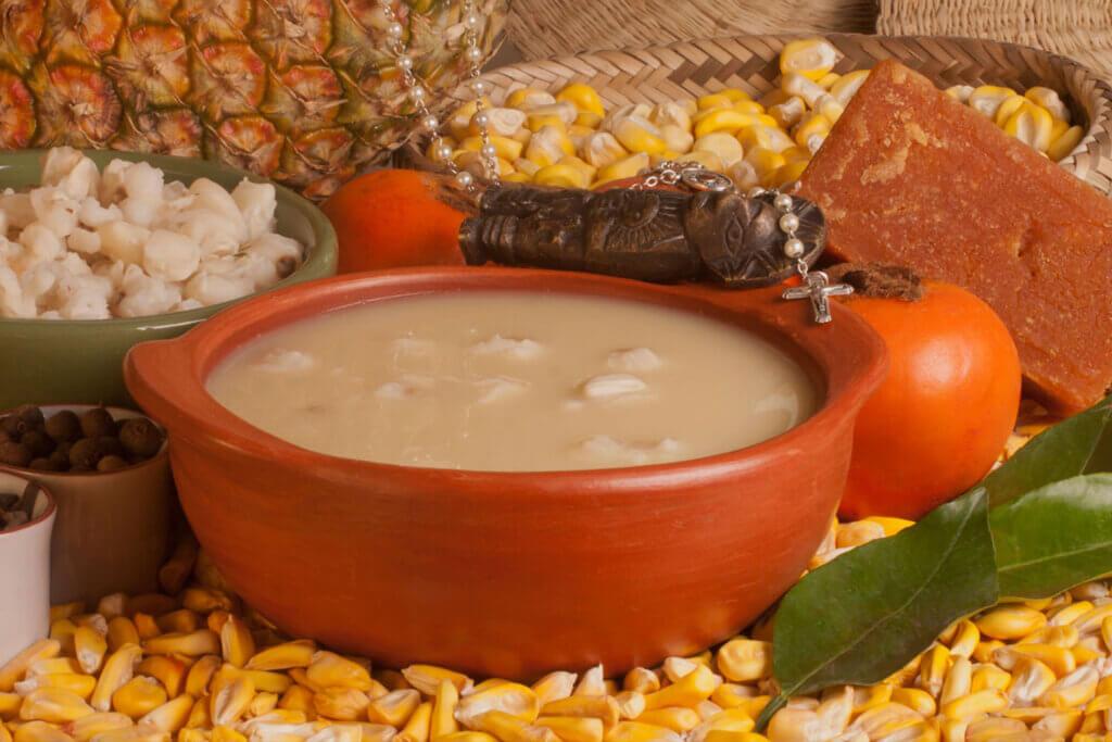 В Южной Америке готовят национальный напиток, похожий на наш компот